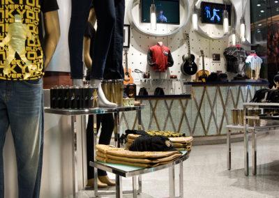 Aria Elvis Store 1