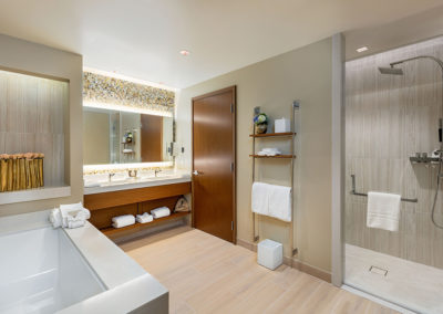 Pechanga Resort Corner Suite Bathroom